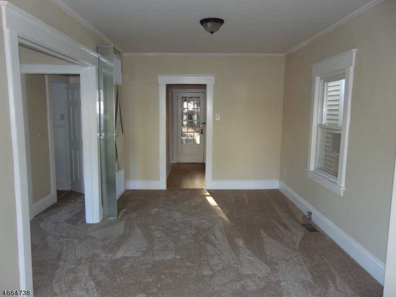 Additional photo for property listing at 78 Beech Street  Belleville, Nueva Jersey 07109 Estados Unidos