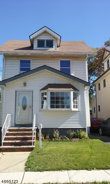 Single Family Home for Sale at 121 Camden Street Roselle Park, New Jersey 07204 United States