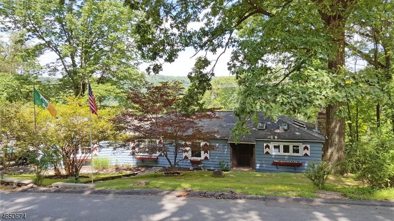 Частный односемейный дом для того Аренда на 132 Glenside Trail Sparta, Нью-Джерси 07871 Соединенные Штаты