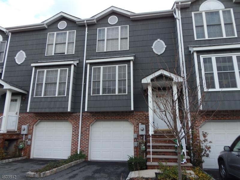 Maison unifamiliale pour l Vente à 100 Glen Ridge Ave, 4 Glen Ridge, New Jersey 07028 États-Unis