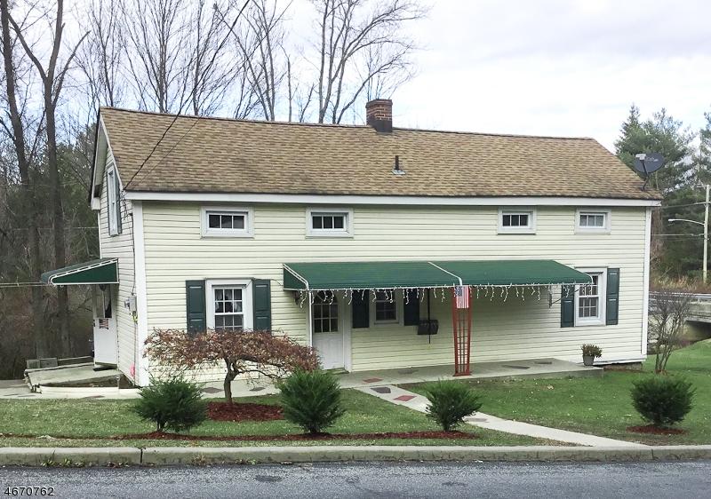 独户住宅 为 销售 在 106 Kennedy Avenue Ogdensburg, 新泽西州 07439 美国