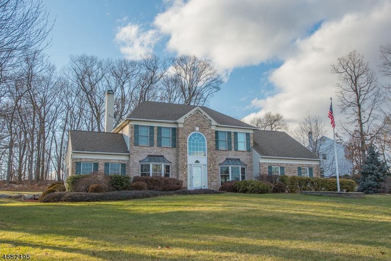 Casa Unifamiliar por un Venta en 1 Woodcrest Avenue Budd Lake, Nueva Jersey 07828 Estados Unidos