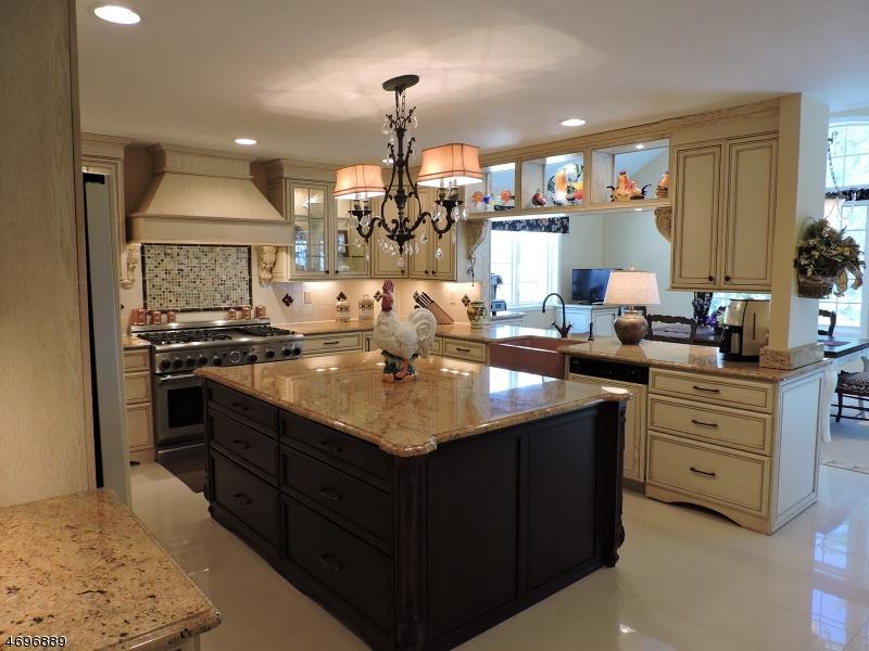 Casa Unifamiliar por un Venta en 106 Glenside Road Berkeley Heights, Nueva Jersey 07974 Estados Unidos