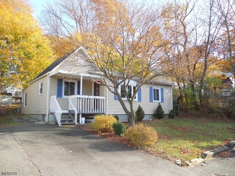 独户住宅 为 销售 在 504 Colver Road Landing, 07850 美国