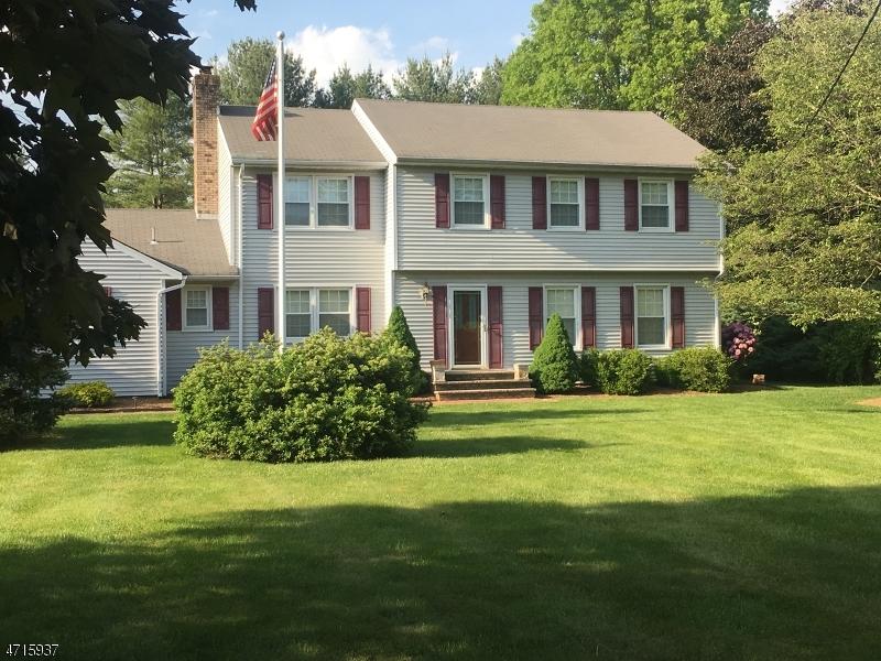 Частный односемейный дом для того Аренда на 141 Lake Road Morristown, Нью-Джерси 07960 Соединенные Штаты