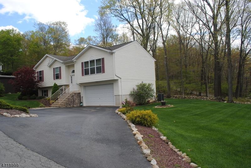 独户住宅 为 出租 在 18 Mountain Avenue 弗农, 新泽西州 07422 美国