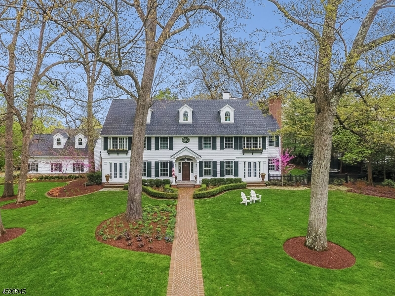 Additional photo for property listing at 65 Lenox Road  Summit, New Jersey 07901 États-Unis