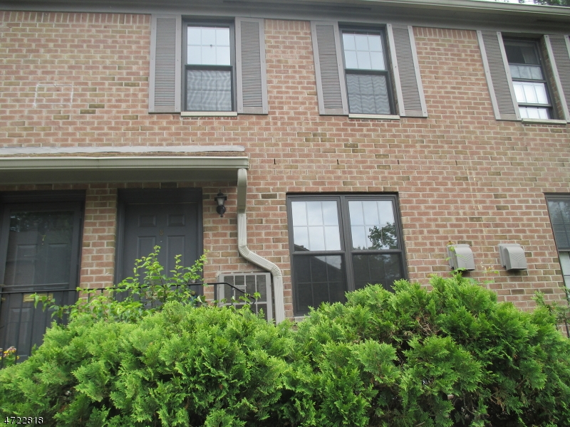 Single Family Home for Rent at 181 Long Hill Rd, J-8 Little Falls, New Jersey 07424 United States
