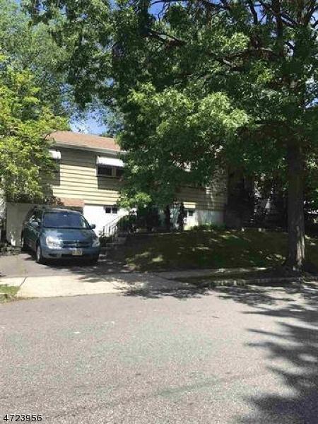 واحد منزل الأسرة للـ Sale في 9-11 YALE TER 9-11 YALE TER Belleville, New Jersey 07109 United States