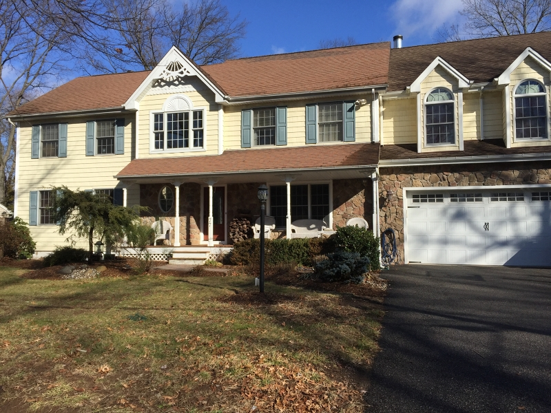 Single Family Home for Sale at 77 Howard Drive Old Tappan, New Jersey 07675 United States