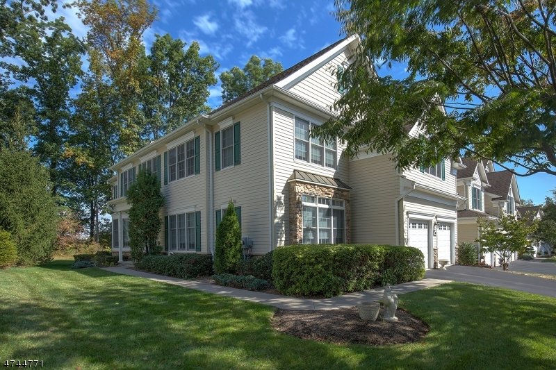 Single Family Home for Sale at 401 Farley Road 401 Farley Road Tewksbury Township, New Jersey 08889 United States