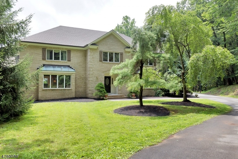 Casa Unifamiliar por un Alquiler en 18 Parsonage Lot Road Tewksbury Township, Nueva Jersey 08833 Estados Unidos