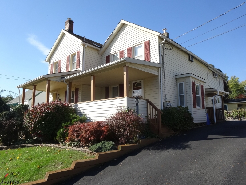 Maison avec plusieurs logements pour l Vente à 7 North Place Flemington, New Jersey 08822 États-Unis