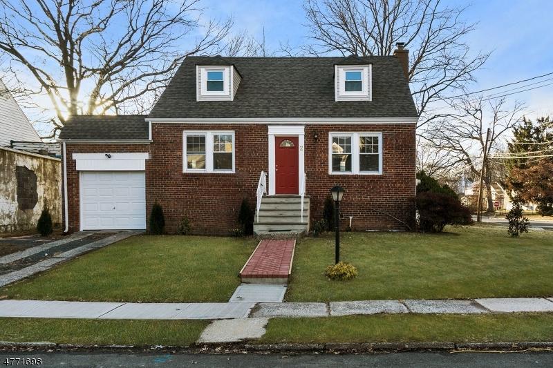 Casa Unifamiliar por un Venta en 2 Normandy Place Roselle, Nueva Jersey 07203 Estados Unidos