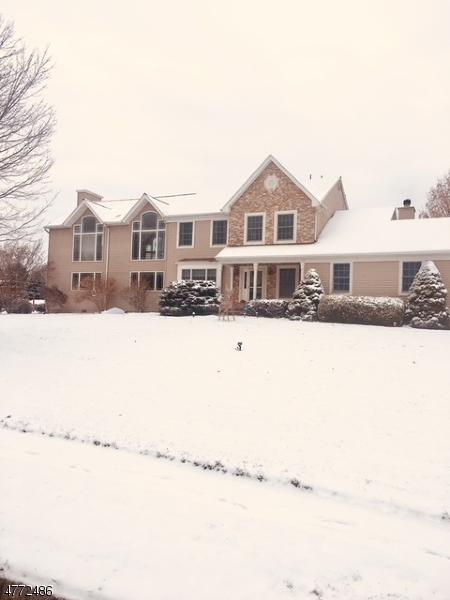 Частный односемейный дом для того Продажа на Address Not Available Greenwich, Нью-Джерси 08886 Соединенные Штаты