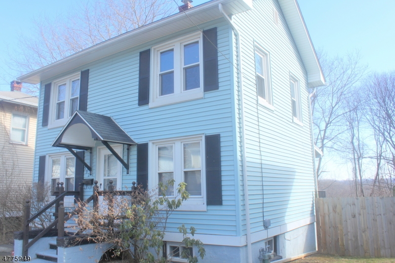 Single Family Home for Rent at 592 Tuttle Street Phillipsburg, New Jersey 08865 United States