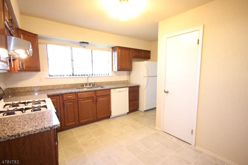 Maison unifamiliale pour l à louer à 54 Dorchester Court Hillsborough, New Jersey 08844 États-Unis