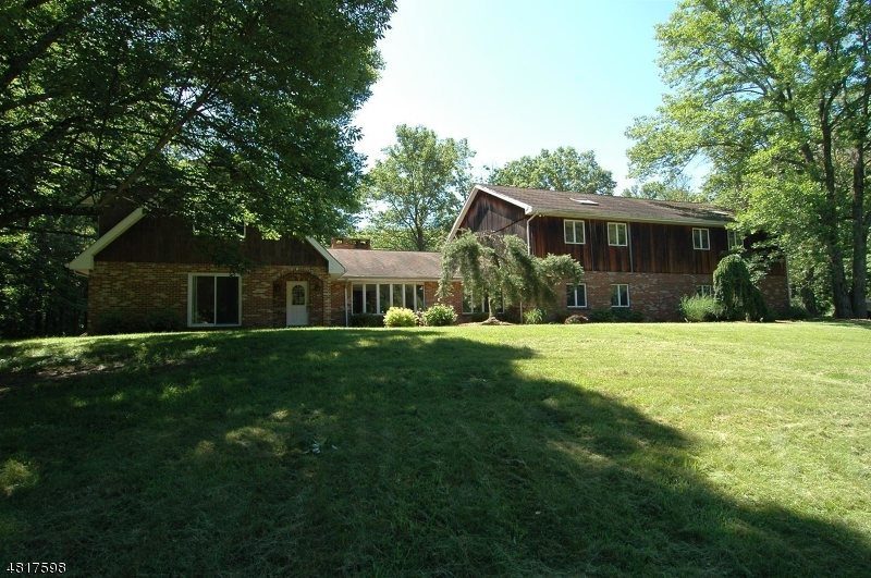 Single Family Home for Sale at 212 SHILOH ROAD 212 SHILOH ROAD Hope, New Jersey 07825 United States