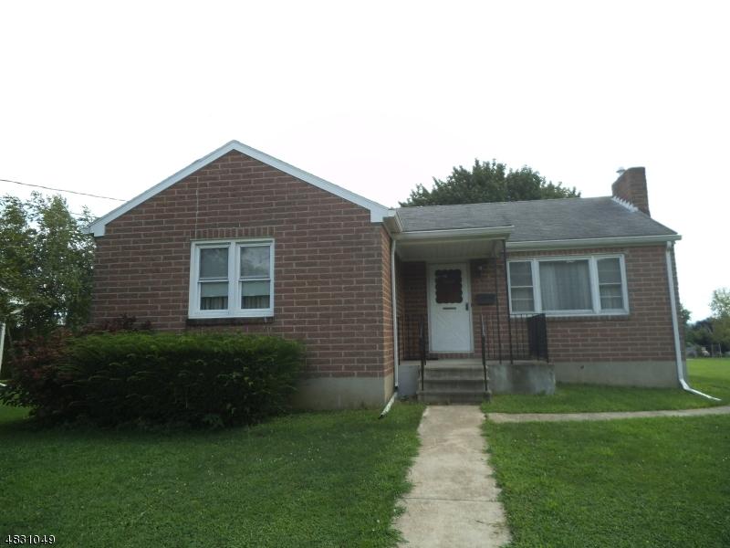 獨棟家庭住宅 為 出售 在 868 PURSEL Street Alpha, 新澤西州 08865 美國