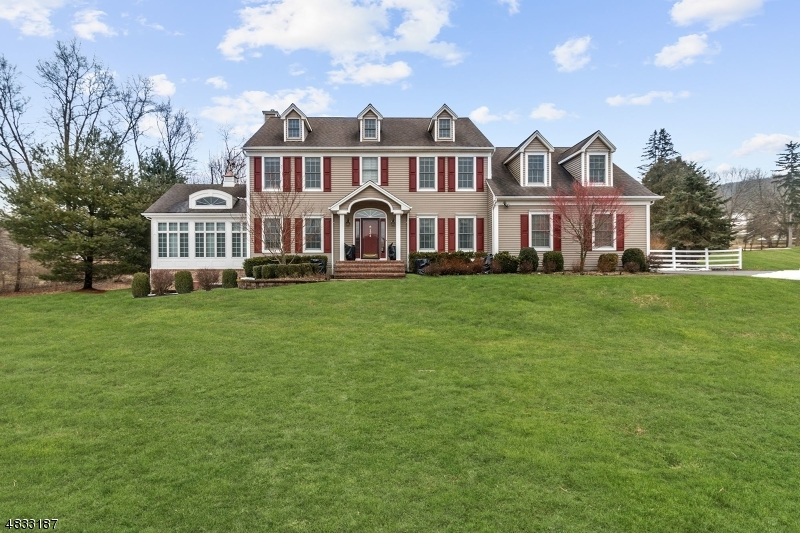 Single Family Home for Sale at 134 Old Turnpike Road Washington, New Jersey 07865 United States