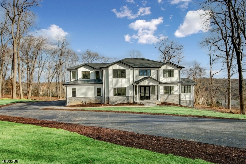 Single Family Home for Sale at 4 STRATFORD CT 4 STRATFORD CT Morris Township, New Jersey 07960 United States