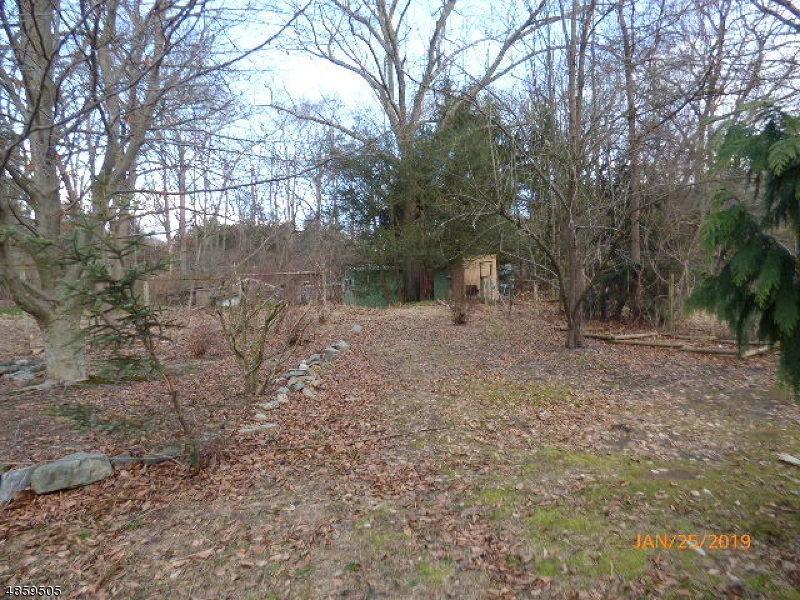 Additional photo for property listing at 2 BEECHWOOD Road  White Township, New Jersey 07823 United States