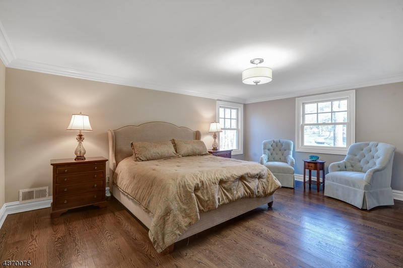 Additional photo for property listing at  Essex Fells, 新泽西州 07021 美国