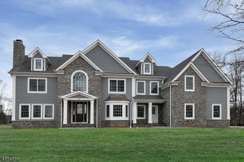 Maison unifamiliale pour l Vente à 101 Clucas Brook Road Bedminster, New Jersey 07921 États-Unis
