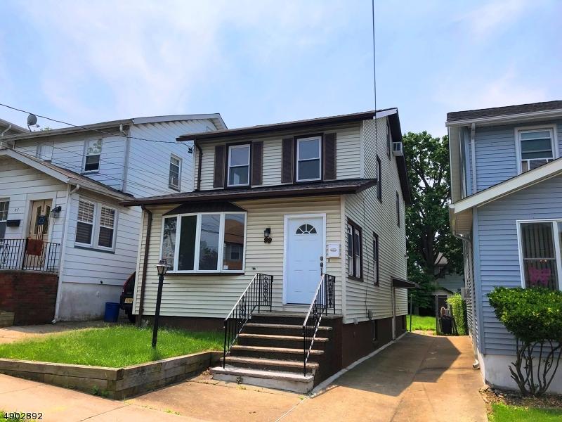 single family homes pour l Vente à North Arlington, New Jersey 07031 États-Unis