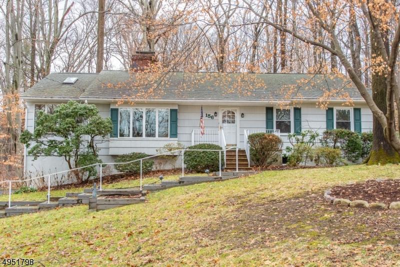 Single Family Homes para Alugar às Parsippany, Nova Jersey 07005 Estados Unidos