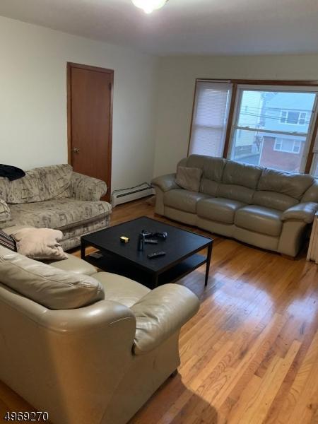 Property 为 出租 在 克利夫顿, 新泽西州 07013 美国