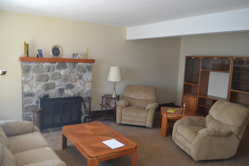 Additional photo for property listing at 53 Zinnia Drive  Glenwood, Nueva Jersey 07418 Estados Unidos