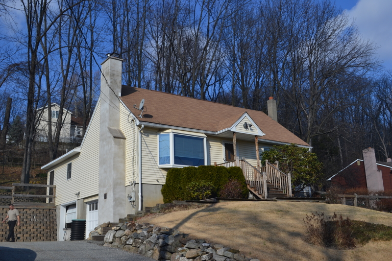 Single Family Home for Sale at 53 Zinnia Drive Glenwood, New Jersey 07418 United States