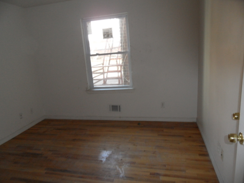 Additional photo for property listing at Address Not Available  Elizabeth, 新泽西州 07206 美国