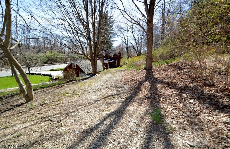 Additional photo for property listing at 552-556 Route 94  Fredon, New Jersey 07860 United States