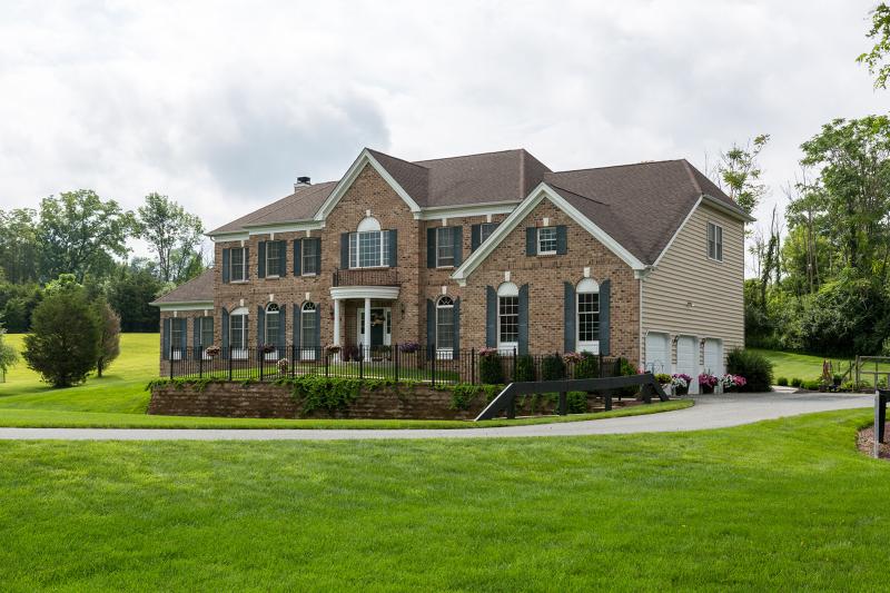 Частный односемейный дом для того Продажа на 54 Creek Road Andover, 07821 Соединенные Штаты