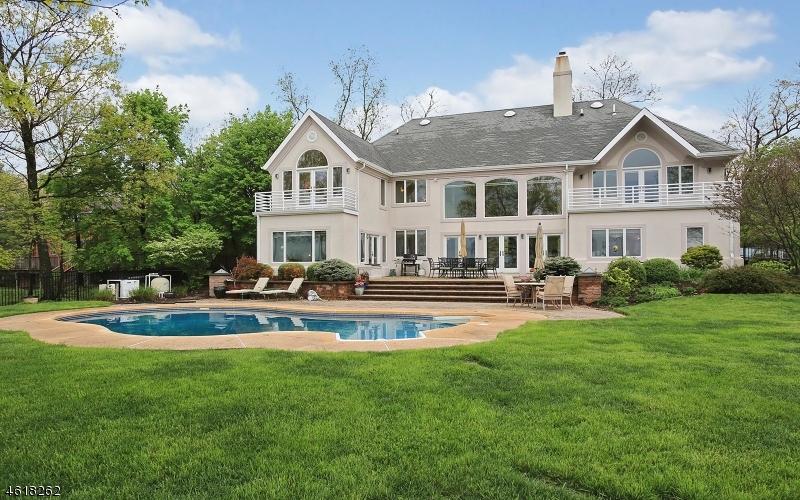 独户住宅 为 销售 在 972 Sunset Ridge 布里奇沃特, 08807 美国