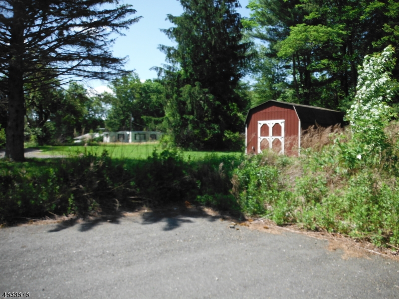 Additional photo for property listing at 463 HWY 206  Branchville, New Jersey 07826 États-Unis