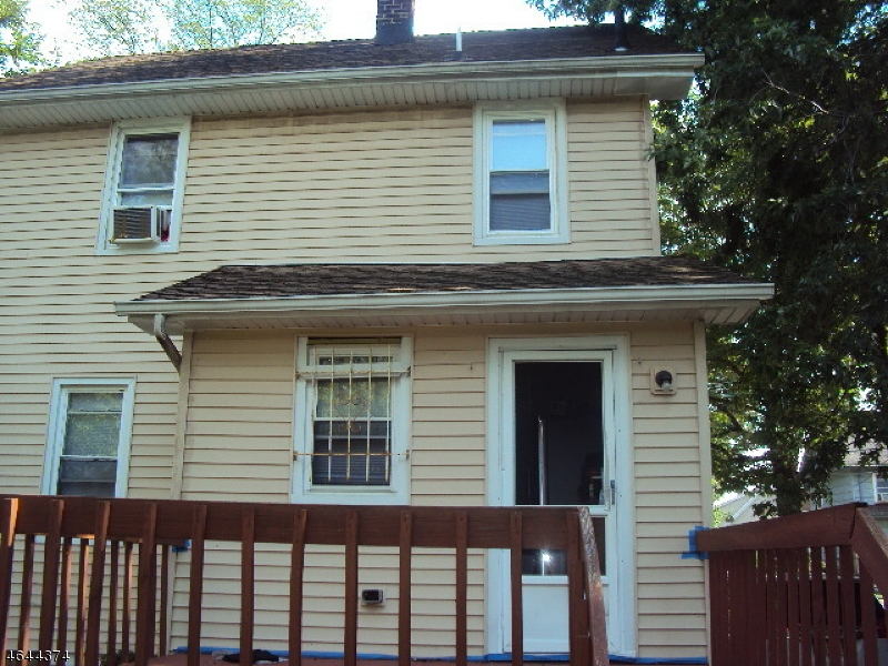 Additional photo for property listing at 111 E 10th Avenue  Roselle, New Jersey 07203 United States