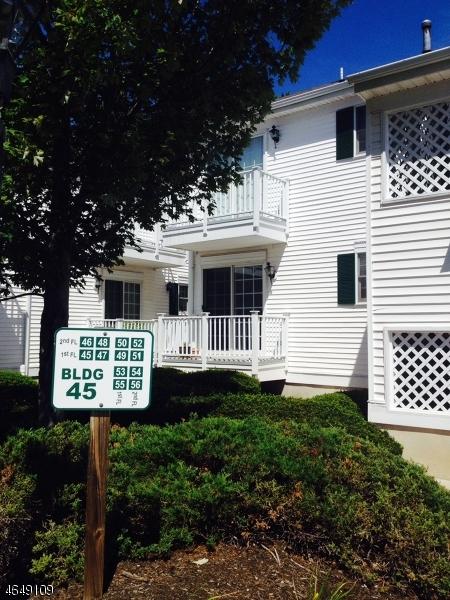 Maison unifamiliale pour l Vente à 53 Alexandria Way Basking Ridge, New Jersey 07920 États-Unis