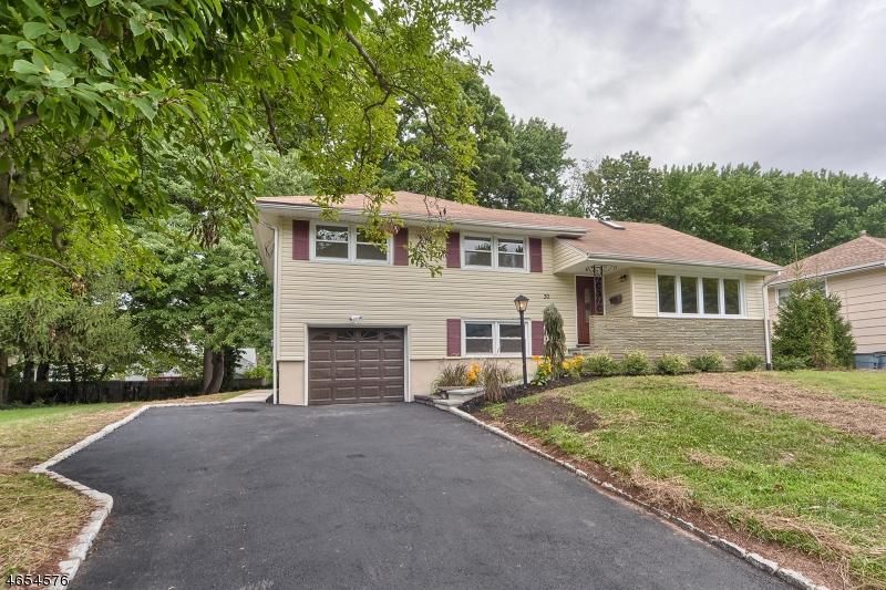 Частный односемейный дом для того Продажа на 30 North Derby Road Springfield, Нью-Джерси 07081 Соединенные Штаты