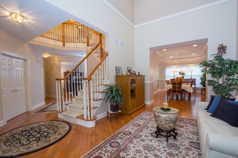 Additional photo for property listing at 134 MacKenzie Ln S  Denville, Nueva Jersey 07834 Estados Unidos