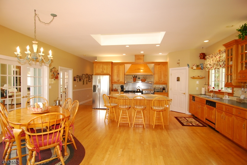 Additional photo for property listing at 67-69 HENRY Road  Newton, Нью-Джерси 07860 Соединенные Штаты
