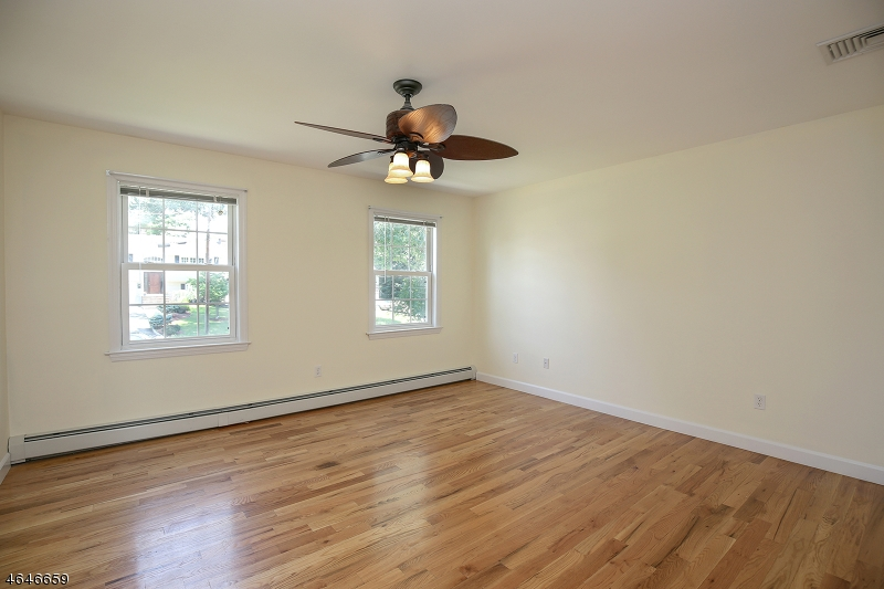 Additional photo for property listing at 43 Grant Avenue  East Hanover, Nueva Jersey 07936 Estados Unidos