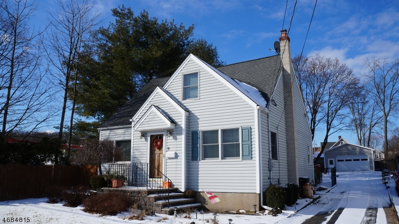Single Family Home for Sale at 9 Union Avenue Bloomingdale, 07403 United States