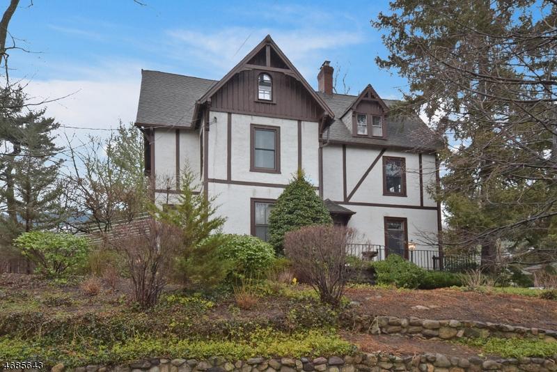 Частный односемейный дом для того Продажа на 114 Highland Avenue Ridgewood, 07450 Соединенные Штаты