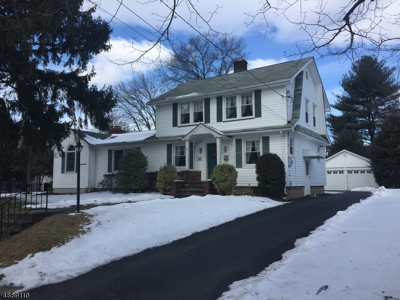 Частный односемейный дом для того Продажа на 20 Ramapo Road Pompton Plains, Нью-Джерси 07444 Соединенные Штаты