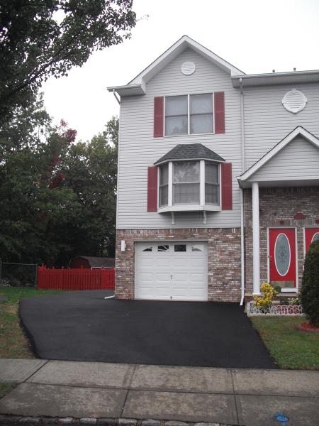 Casa Unifamiliar por un Alquiler en 243 ARLINGTON Avenue Clifton, Nueva Jersey 07011 Estados Unidos