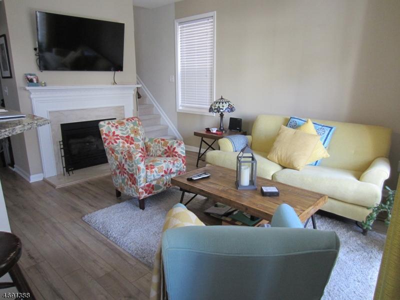 独户住宅 为 出租 在 139 Brittany Court 克利夫顿, 新泽西州 07013 美国