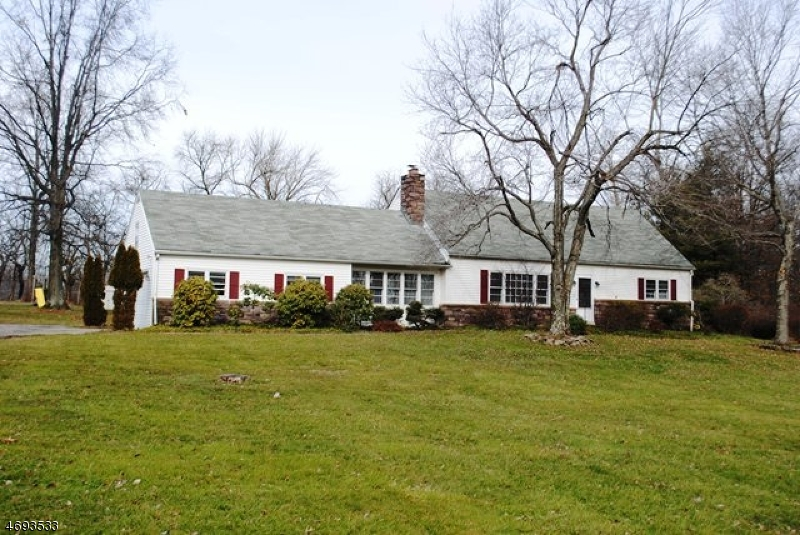 Single Family Home for Sale at 12 Dogwood Drive Delaware, 08822 United States